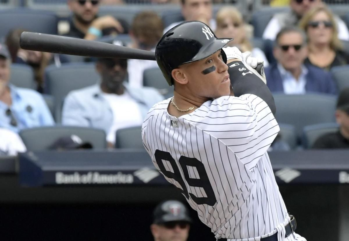 SEE IT: Aaron Judge ties Mark McGwire's rookie home run record with 49th blast  https://t.co/g1m0Qm167I https://t.co/CmGKx7Fhjj