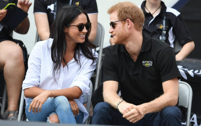 Prince Harry and Meghan Markle make first public appearance, in pictur...