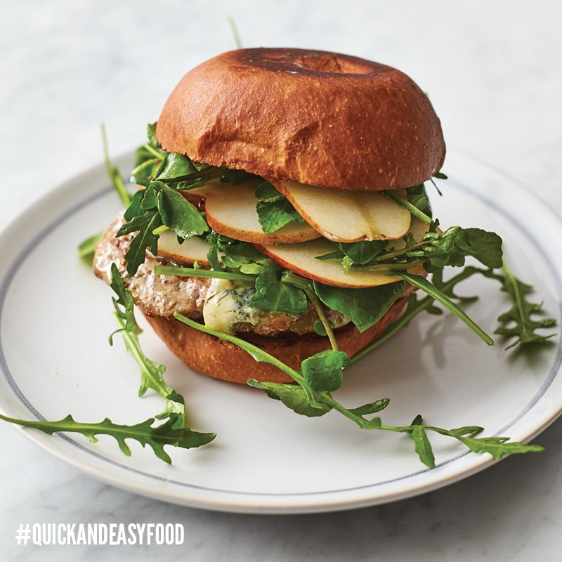 It's our crazy good pork burger! Tune in to @Channel4 now to find out how to make it... ???? #QuickAndEasyFood https://t.co/hyxd8luHo5