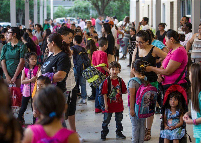 Austin ISD enrollment drops by 2,600 students, preliminary data shows