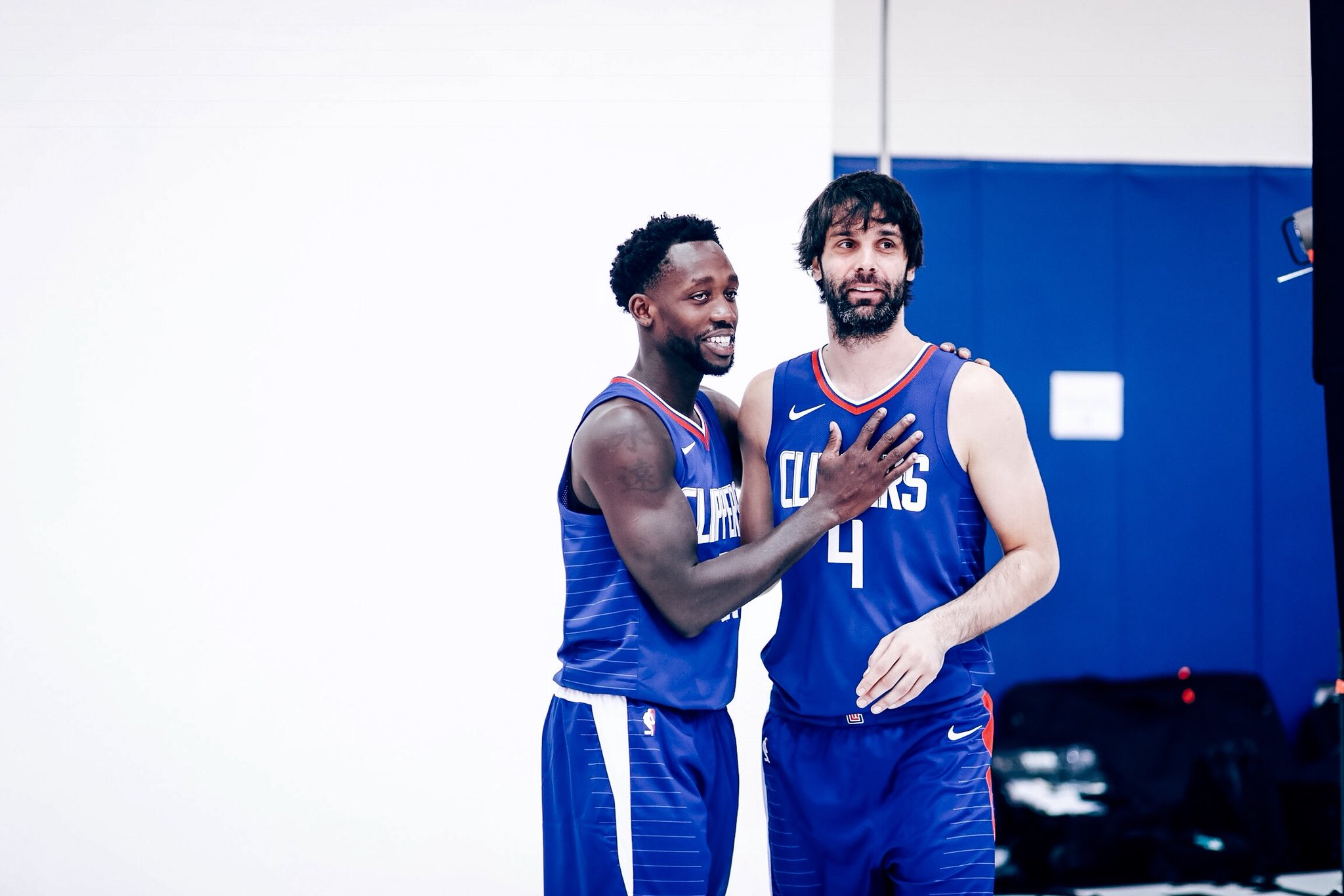 In 2010, Patrick Beverley and Milos Teodosic won the Greek cup. Hello 2017. https://t.co/2S4DKAo3HU