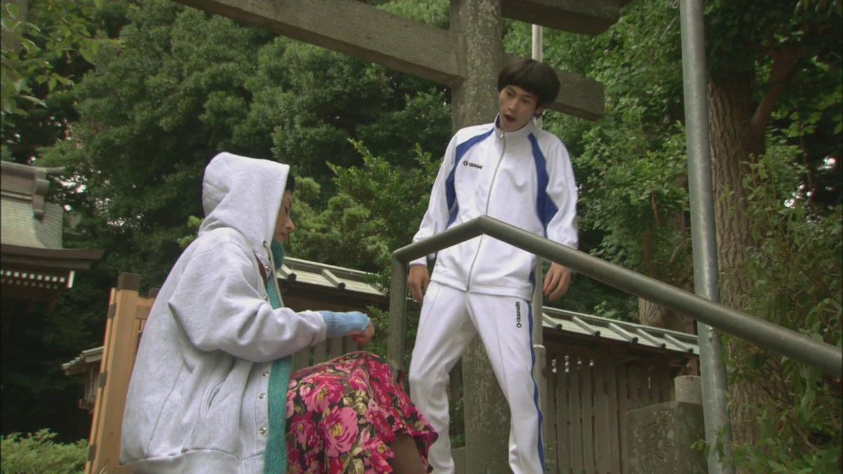 『ピンポン』の階段ダッシュのシーン確か冬?のシーンなのに蝉がメッチャ鳴いてるけど、コメンタリー見るまで気が付かなかった。