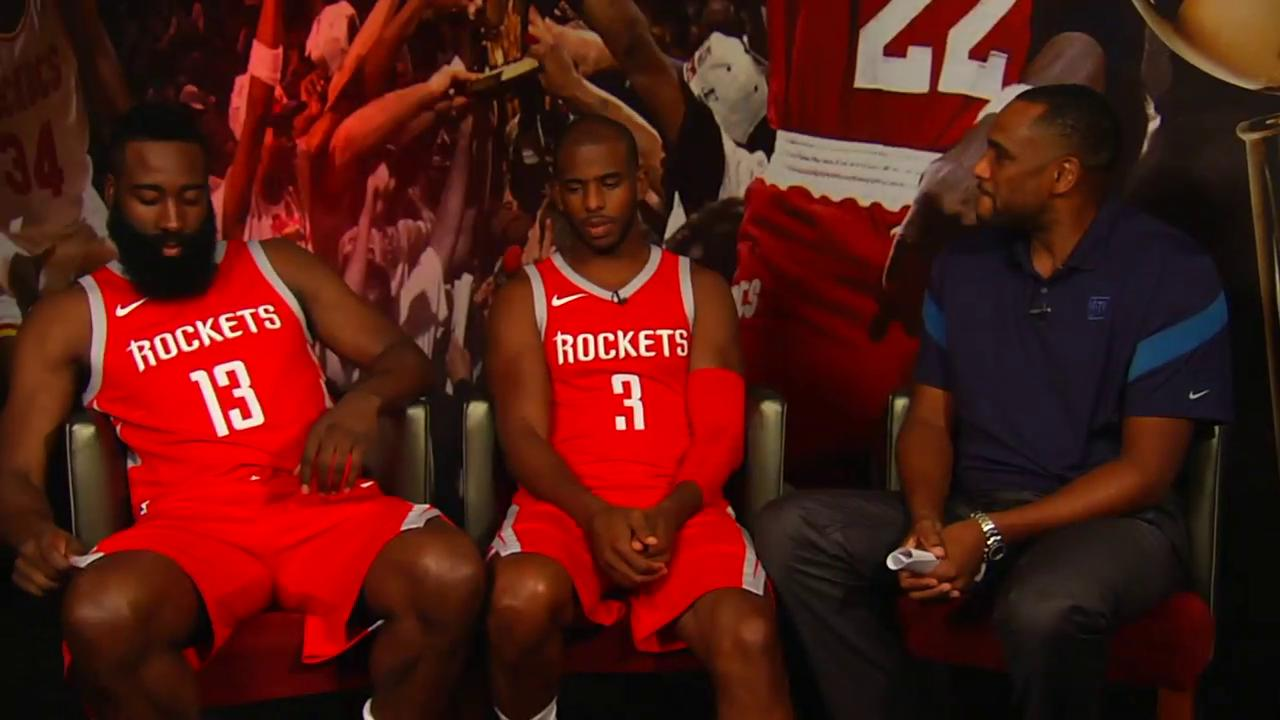 ICYMI: @steve21smith sat down with the new @HoustonRockets' backcourt.   #GameTime https://t.co/2va32psjE2