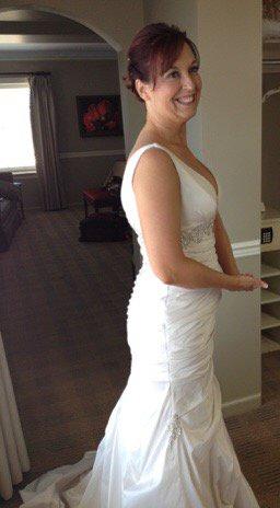 @TaylorSpreitler I swear you were wearing my wedding dress in #KevinCanWait tonight (I added the bling). https://t.co/wnhWNZhgQU