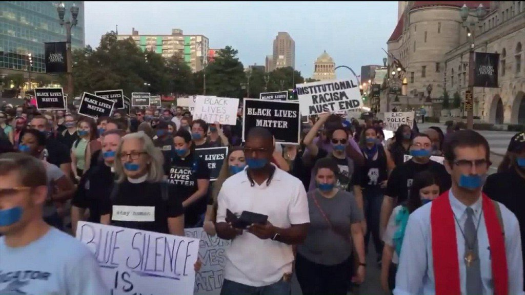 Protesters take to downtown near Busch Stadium