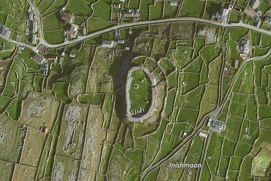 RT @irarchaeology: 1/3 The great stone fort at Dún Chonchúir, Inishmaan,The Aran Islands (Bing maps) https://t.co/Lp5cqgaB7p