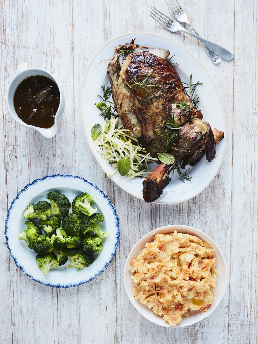 Not 1 but 7 incredible Sunday roast recipe ideas to pick from! ???? https://t.co/uhv68HkgZk https://t.co/AL9rPnRrXY
