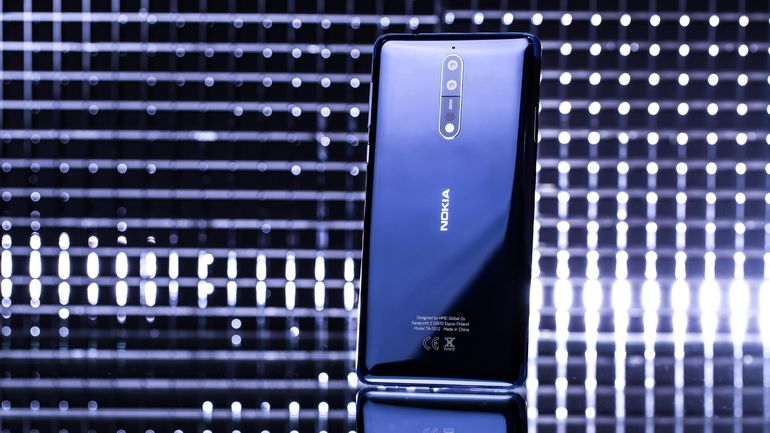 The #Android-powered Nokia 8 lost its chance to be the comeback king. Our review:  https://t.co/WXQDphbSzC https://t.co/vPFECK09kV