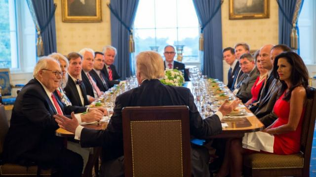 Trump goes after John McCain at private White House dinner with conservatives: https://t.co/03vXUQXSuA https://t.co/2e2pMWapLW