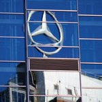 Suez Canal chief says Mercedes-Benz to establish new facility in economic zone