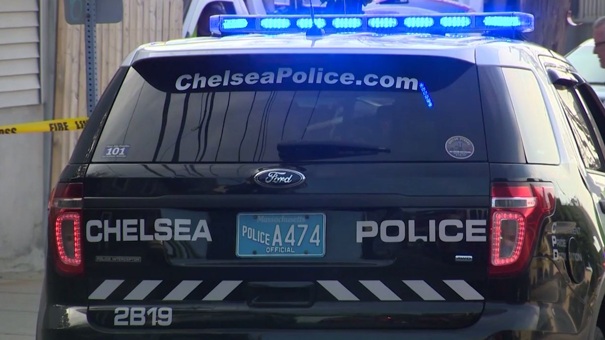 Man, woman shot in Chelsea; at least 2 suspects sought