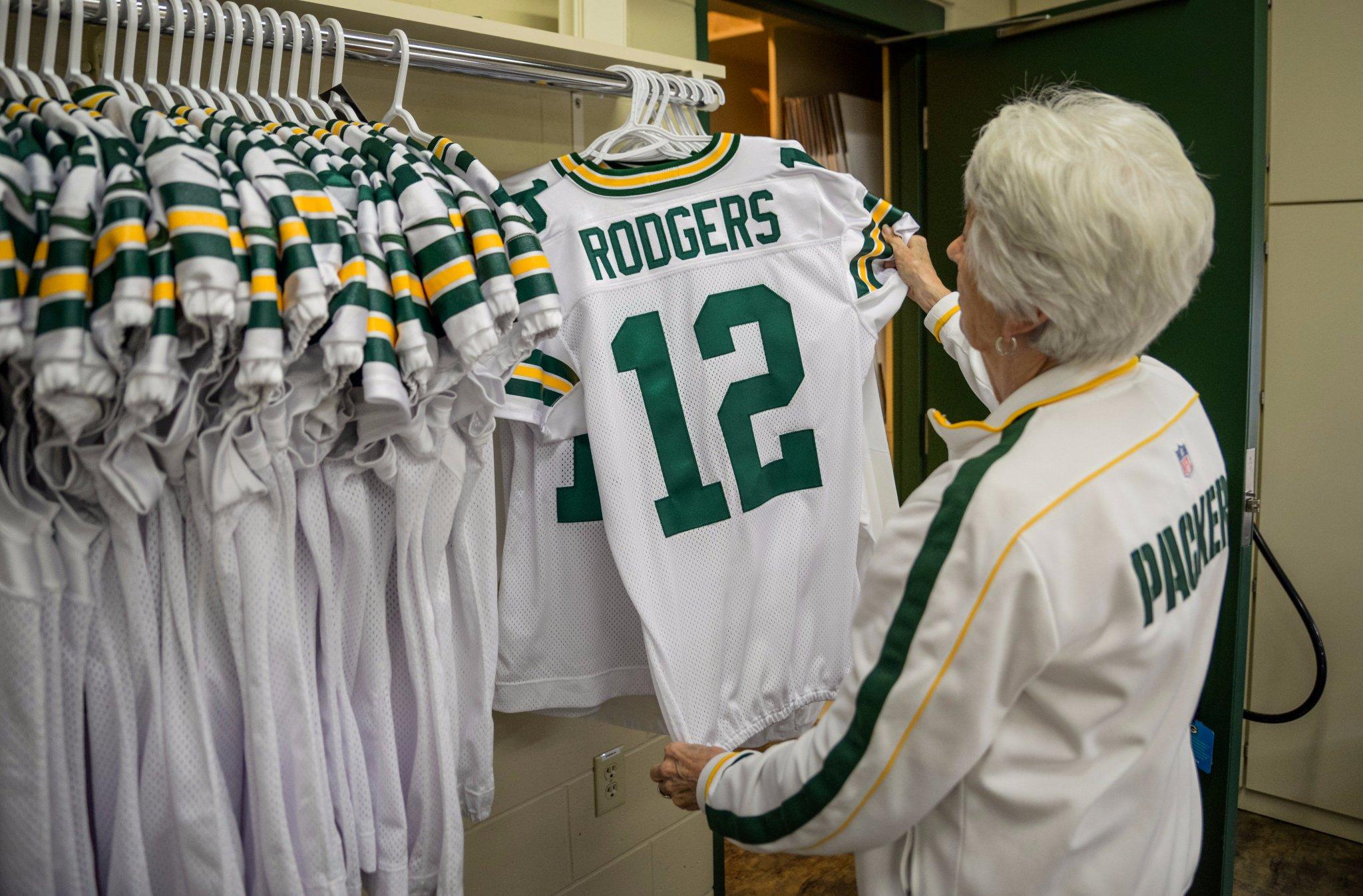 Inside the #Packers Sewing Room.   ��: https://t.co/Ya8u5fnVC5   #ColorRush #GoPackGo https://t.co/JtWmYe092D