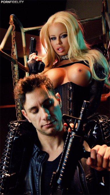 1 pic. My new Pornfidelity scene is so hot 🔥🔥🔥🔥🔫 https://t.co/Q6F1XFrNE4