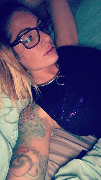 Snuggled in bed where I belong   🎀 #myhabitat 🐺 https://t.co/xcGaIpaUvA