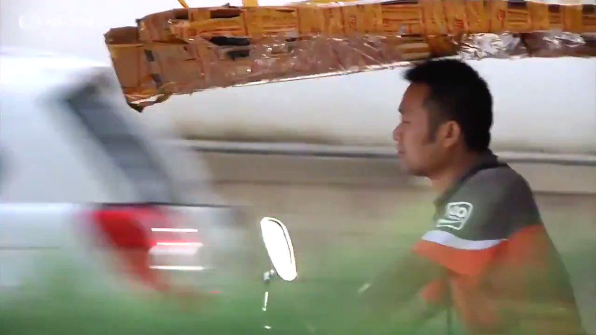 China's home delivery boom has triggered a surge in road accidents via @ReutersTV