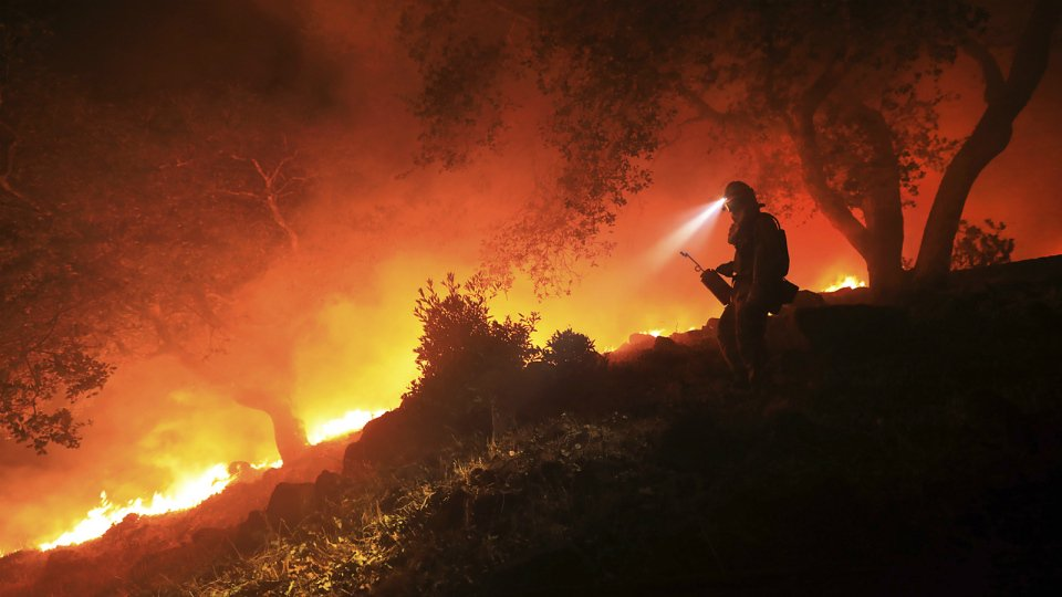 Grim search for victims as California wildfires grow to size of NYC