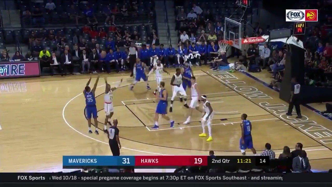 PJ Dozier knocks down the @dallasmavs' 6th three of the ball game! #NBARooks  ��: @NBATV https://t.co/d51zpxkt1Y