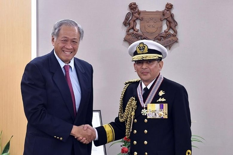 Brunei navy chief receives military award from Singapore