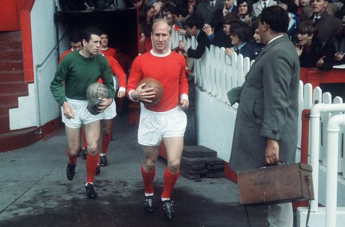 Wishing Sir Bobby Charlton a Happy 80th Birthday. One of the finest footballers to play the game..