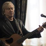 Moody Blues guitarist plays hit to Christchurch
