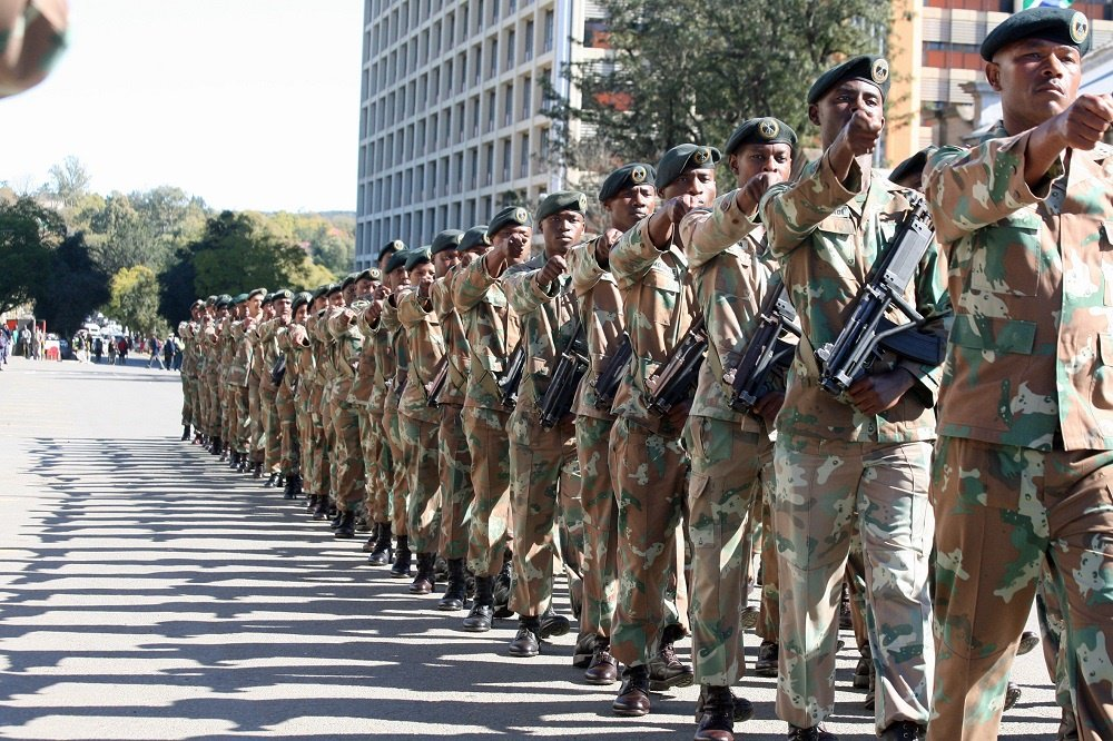 Mbalula asks for SANDF's help to combat crime in Gauteng and Western Cape