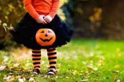 What not to wear: Ontario school board targets offensive Halloween costumes From @calphonso