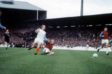 Happy Birthday to Bobby Charlton 80