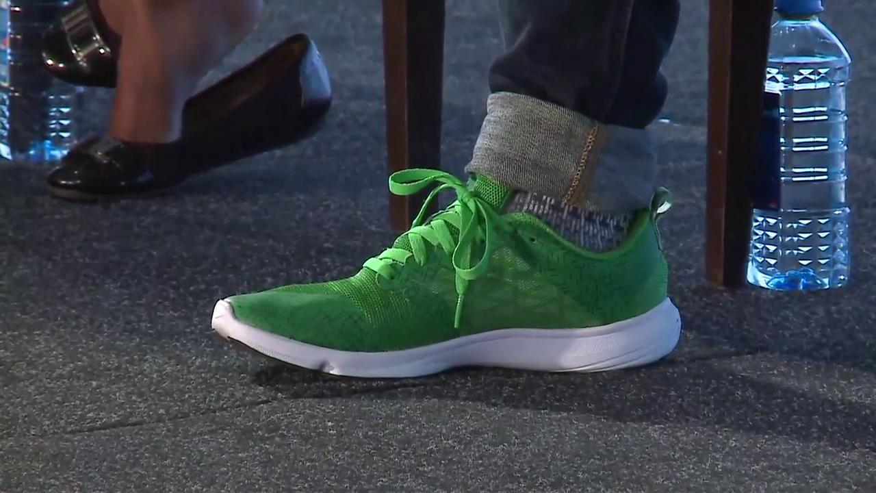 Aaron Fu rocking the TC green shoes at Startup Battlefield Africa #TCBattlefield (cc @mjburnsy) https://t.co/zMMeHRNnXW