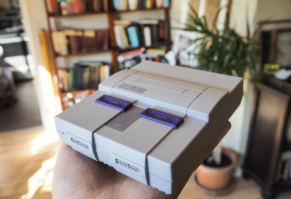 A batch of SNES Classic Editions goes on sale tomorrow https://t.co/SuZd9i3Jua https://t.co/IjF3JuUKhQ