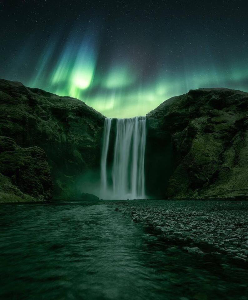 RT @407Dank: The hidden treasure behind Skogafoss, Iceland. https://t.co/Xul1E03GTR