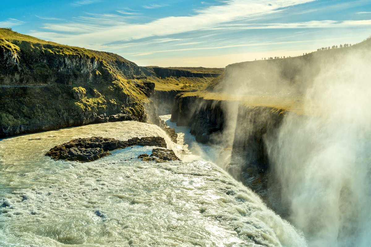 RT @AlvaroLaforet: My point of view about Gullfoss Falls in #Iceland https://t.co/3P7kc5CbOO