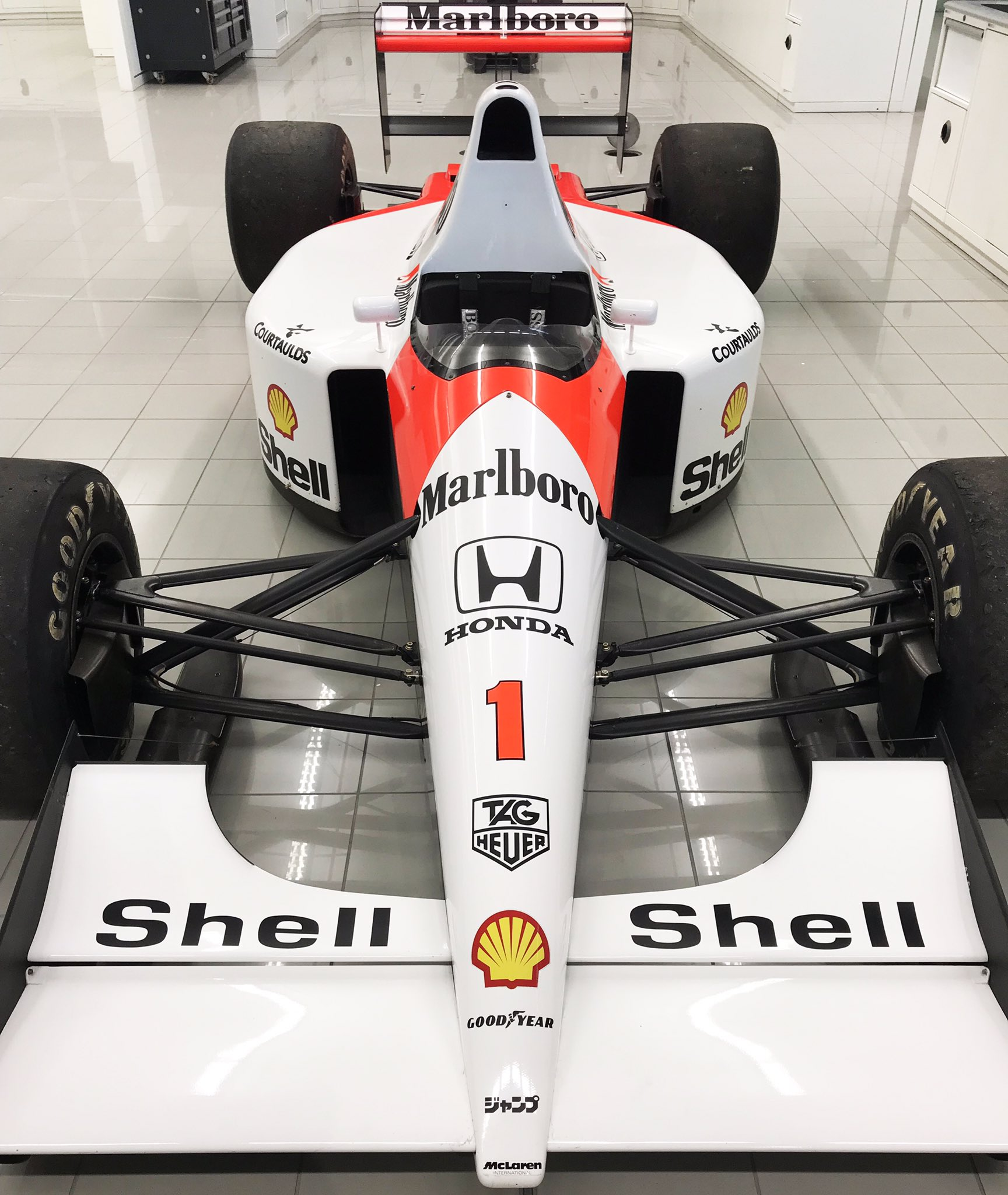 The MP4/6 looks stunning under the bright lights of the MTC race bays. #MTCSnaps �� https://t.co/rV6Bx8BvWd