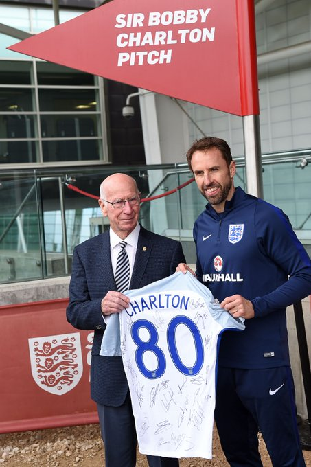 Happy 80th Birthday to Sir Bobby Charlton. A true gentleman and a legend of the game