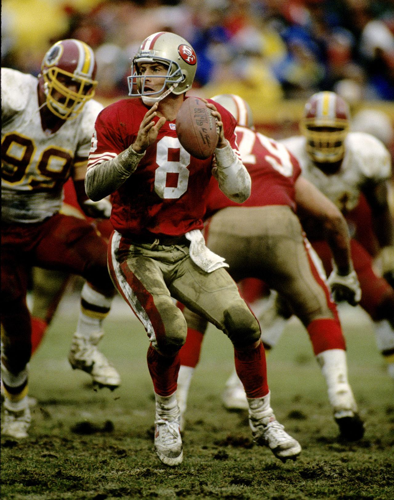 Happy BDay to lifetime member and Hall of Famer Steve Young!