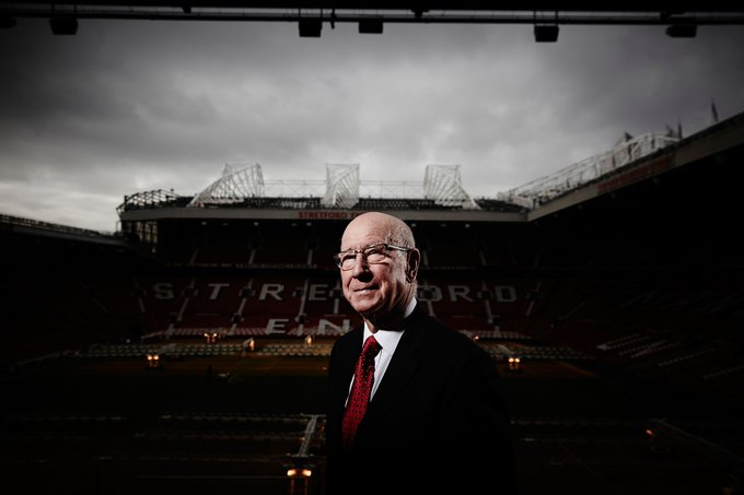 Happy Birthday to Sir Bobby Charlton who turns 80 today!   One of the all time greats