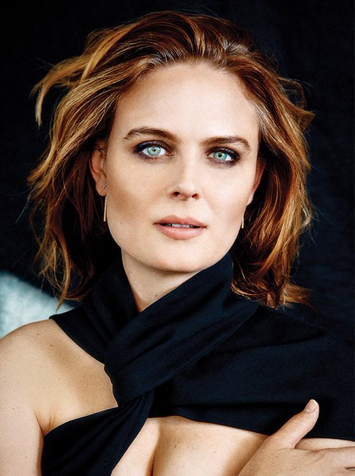 We wish a very happy birthday to the gorgeous Emily Deschanel! ¡Feliz cumpleaños