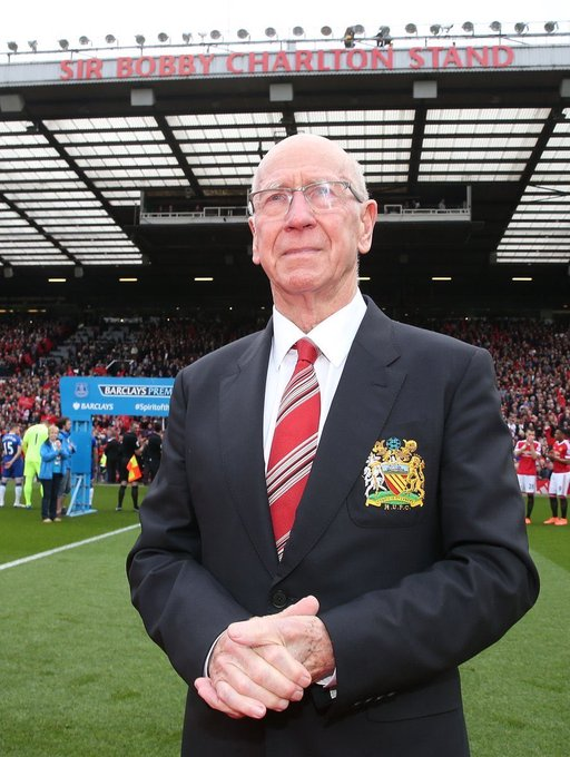 Happy 80th birthday, Sir Bobby Charlton.   Games - 758   Goals - 249 Trophies - 12    Legend.