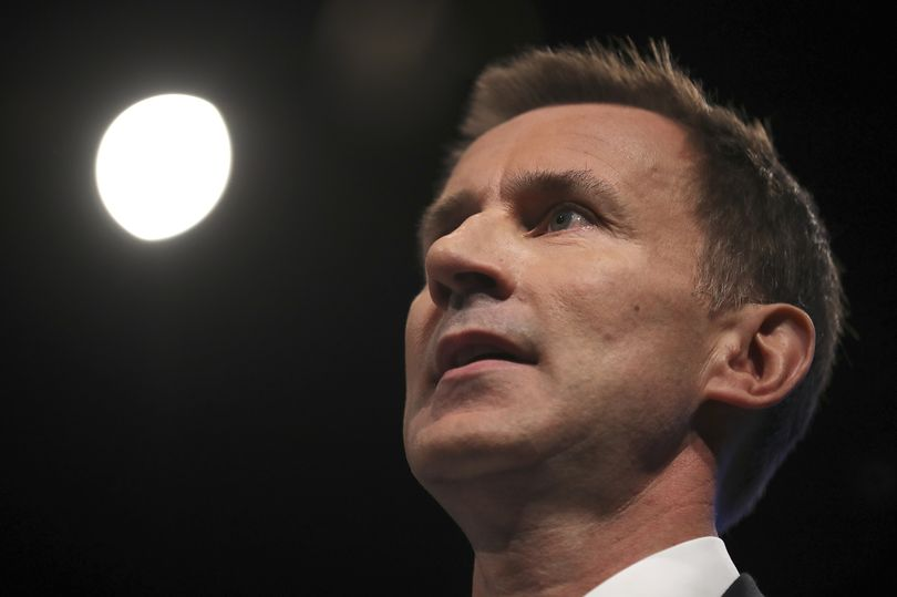 Jeremy Hunt admits making false claims in the House of Commons - but refuses to apologise https://t.co/G6i2FXY0zI https://t.co/0XXCLSKfRI