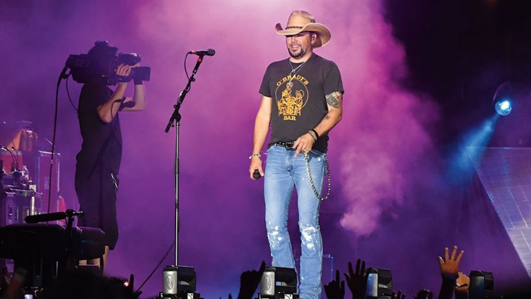 CMT Ditches Awards at Artists of the Year Special in Wake of Vegas Shooting