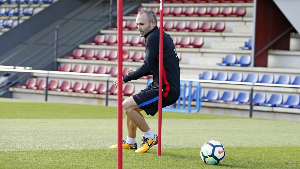 Pictures from the Wednesday training session at FC Barcelona ���� #ForçaBarça https://t.co/mv6tmSFtGm