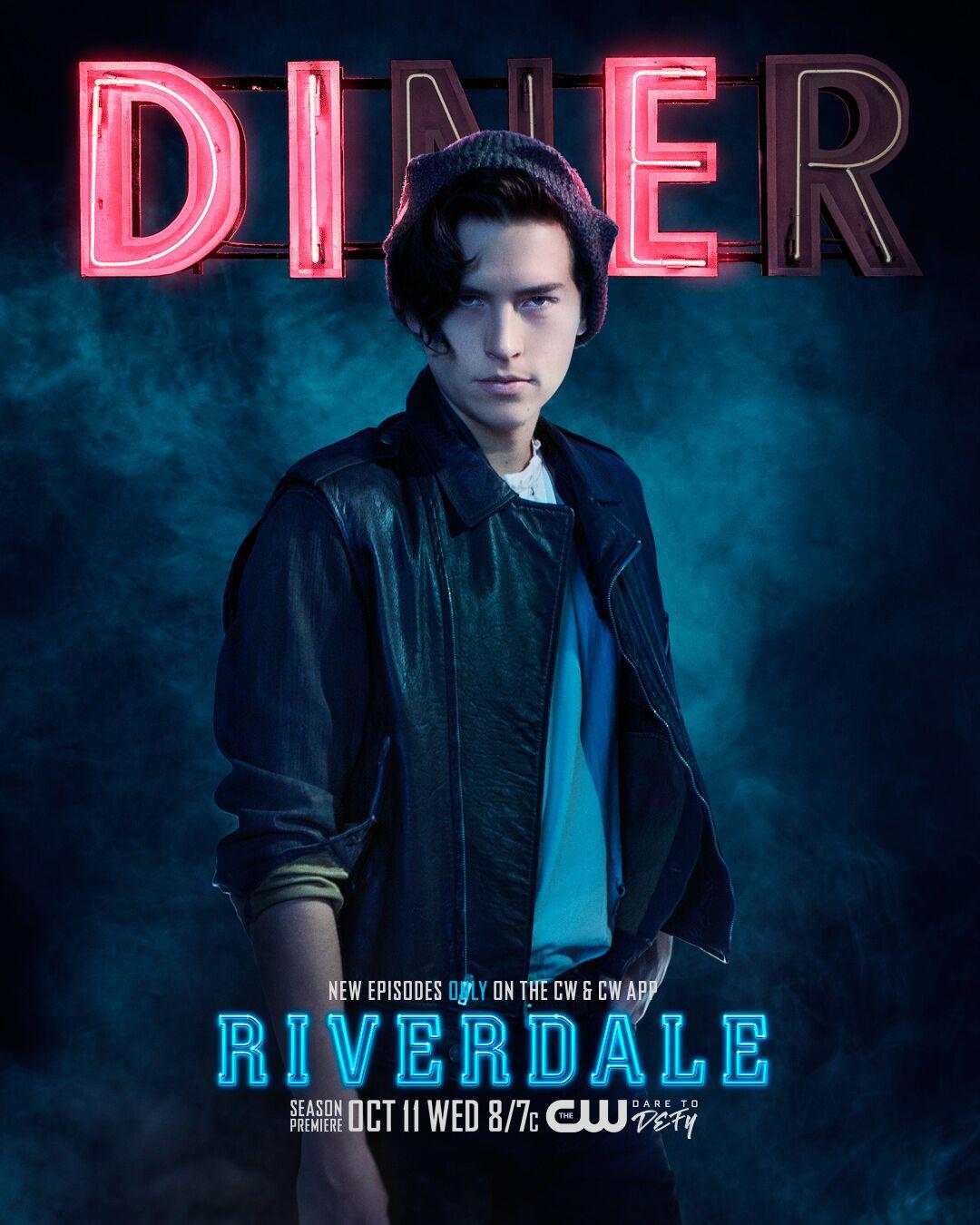 I'm a vampire now.  Tonight, 8pm, CW. Season 2 premiere. #riverdale https://t.co/XvXkGjxr6k