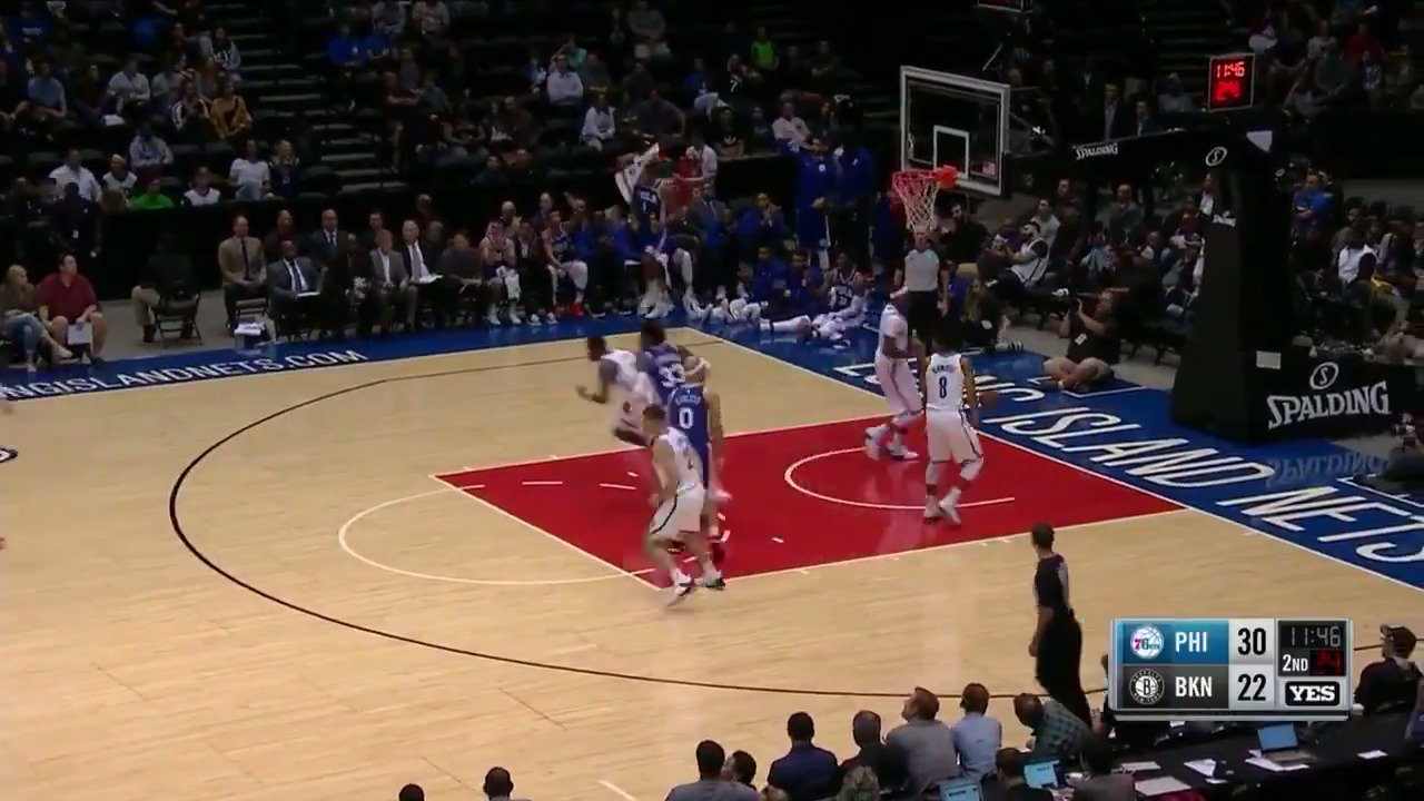 Dario Saric (17 PTS) helps the @sixers score 76 in the 1st half! #NBAPreseason https://t.co/Vahdp84pwU