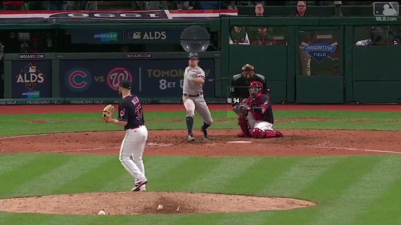 Twelve pitches. Six fouled off.   Just keep grinding, Brett Gardner. #ALDS https://t.co/utKM6u3kxZ