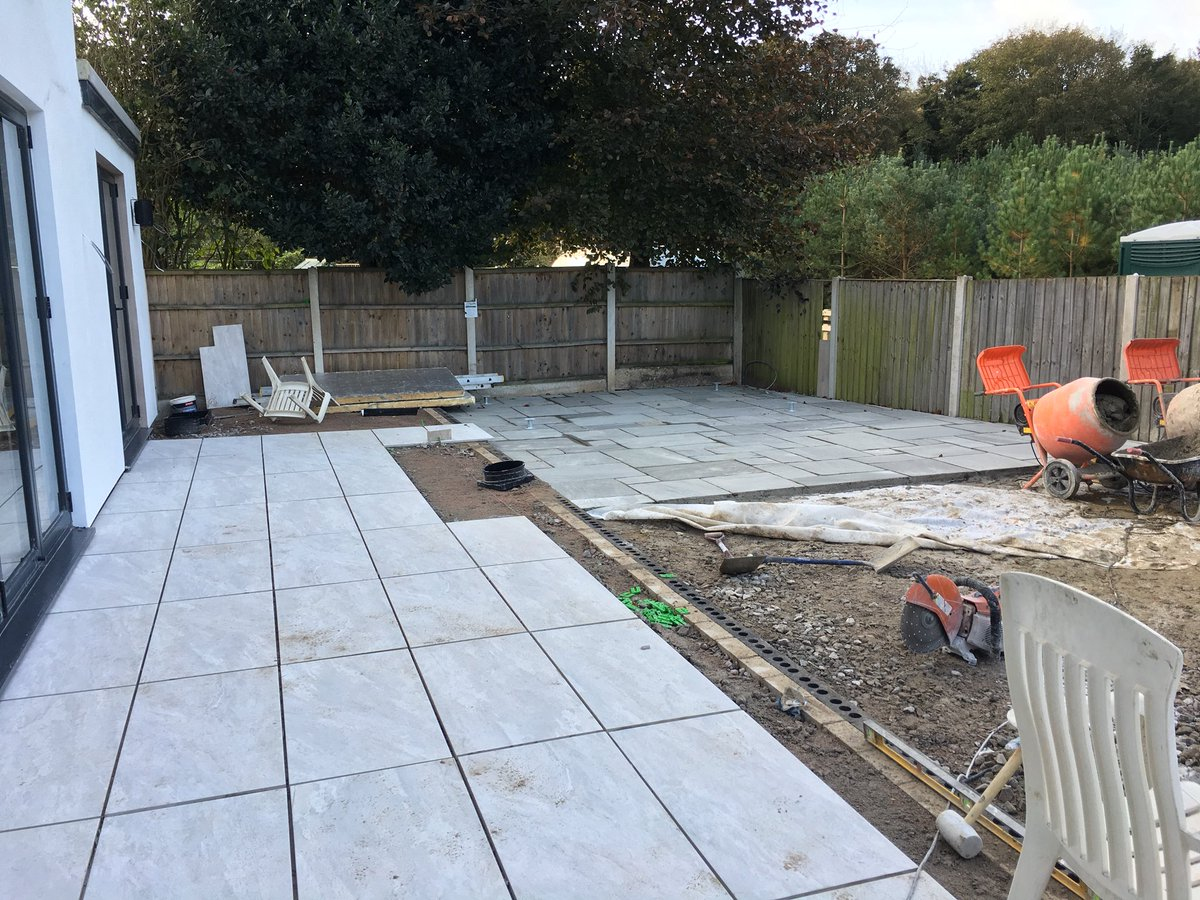 test Twitter Media - The landscaping team are paving at our Edenhurst job in Formby. Look out for the finished images. https://t.co/pG1UUGesqJ