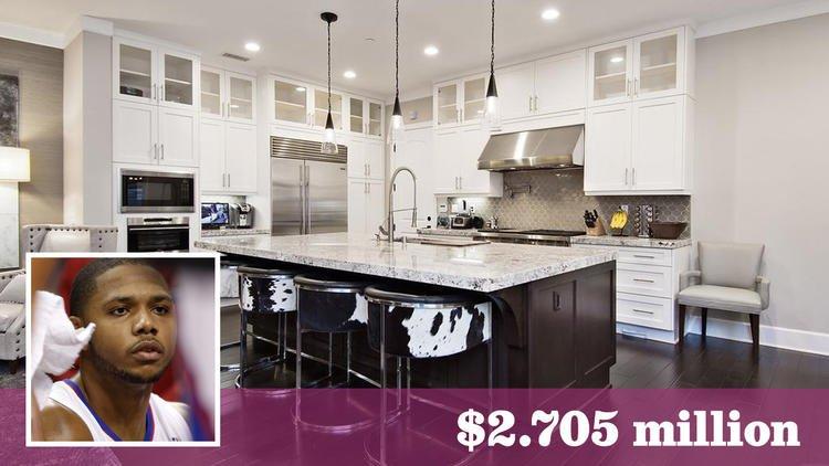 Former L.A. Clipper Eric Gordon sells Playa Vista home for $2.7 million https://t.co/RgVAu5wqFu https://t.co/yIIq0t3GP5