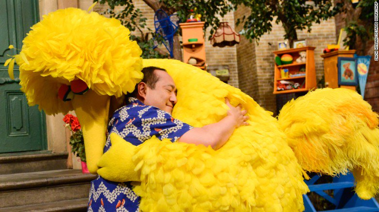 How 'Sesame Street' can help children cope with traumatic experiences https://t.co/9icOBLDXNx https://t.co/u8Qa2YXiBi
