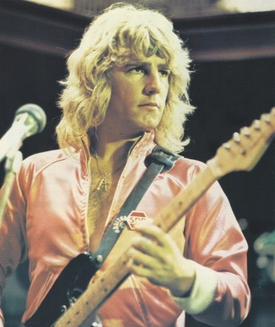 Happy birthday Rick Parfitt  today would have been would have been his  birthday