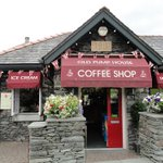 Our favourite Lake District hot chocolate? The Pump House of course, it's right next door :) #treat https://t.co/8bwNBudb0j
