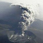 Kirishima volcano erupts