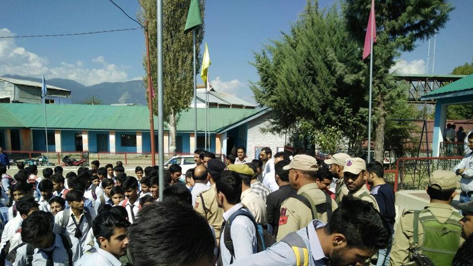 Govt official 'disrespects' national anthem in J-K; students, teachers protest